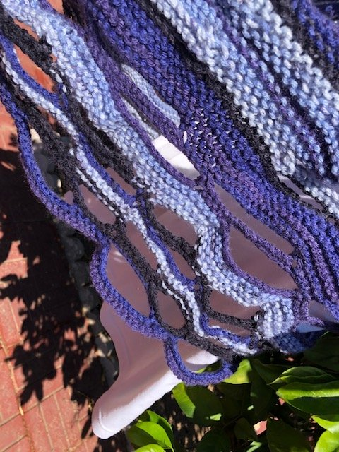 Lee-knit close up